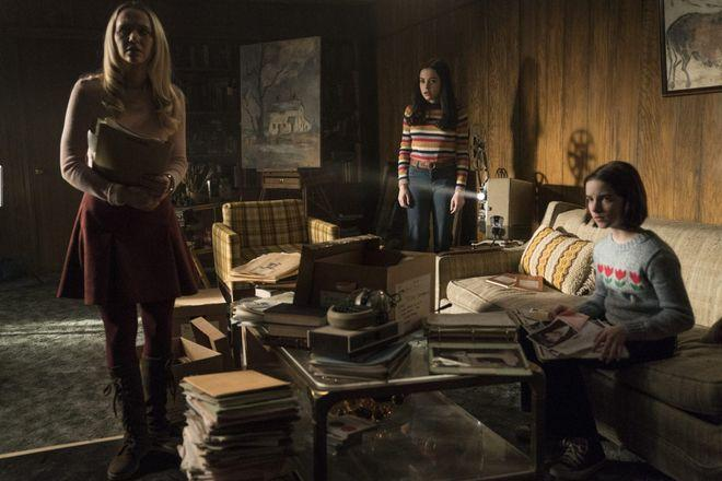 Madison Iseman, Katie Sarife and McKenna Grace in Annabelle Comes Home (2019)