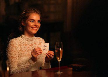 Movie review: Ready or Not (2019) - Samara Weaving