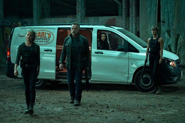 Terminator Dark Fate 2019: Linda Hamilton, Arnold Schwarzenegger, Natalia Reyes, Mackenzie Davis