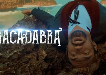 Movie Review Abracadabra (2020)