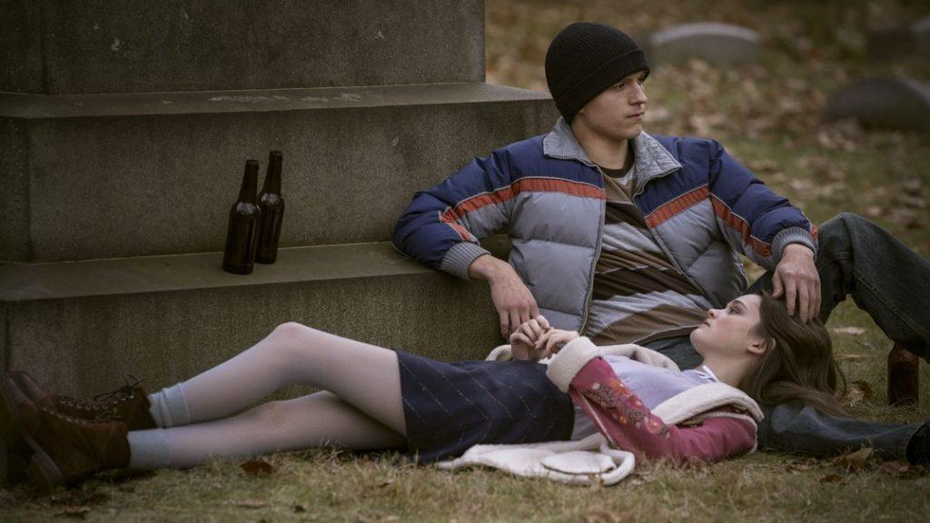 Review Cherry (2021) - Ciara Bravo and Tom Holland